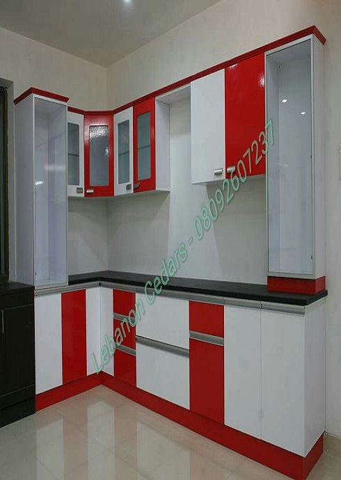 Kitchen Cabinet in Onitsha